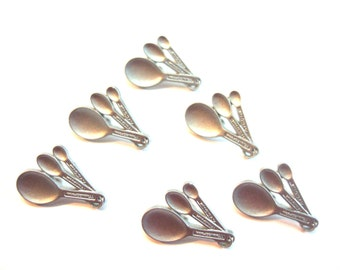 Measuring Spoons Buttons Jesse James Buttons In The Kitchen Dress It Up Buttons Set of 6 Shank Flat Back - 224