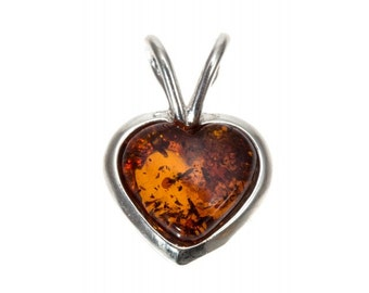 "Silver Amber Pendant ""Heart"""