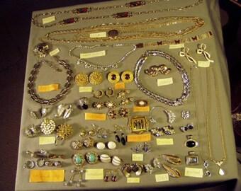Vintage Lot Signed Costume Jewelry Necklaces Pins Earrings Bracelet 47 Pcs Bogoff Ora Pell Florenza Jeray 9407