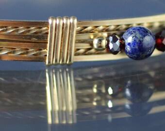 Gold wire bracelet with Swarovski beads