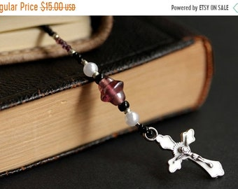 MOTHERS DAY SALE Purple and White Bookmark. Christian Bookmark. White and Purple Bookmark. Beaded Book Marker. Christian Cross Book Thong.