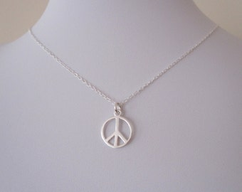 925 Sterling silver PEACE SIGN SYMBOL charm and necklace chain, everyday necklace, hippy jewelry