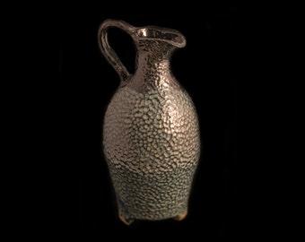 ST 11 Stoneware pitcher