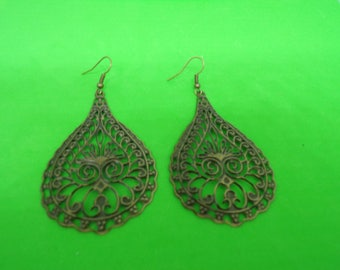 Bronze drop shape earrings
