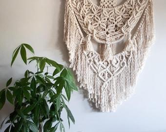 Macrame Wall Hanging / 100% Cotton