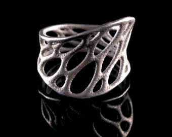 1-layer twist ring (3D printed stainless steel)