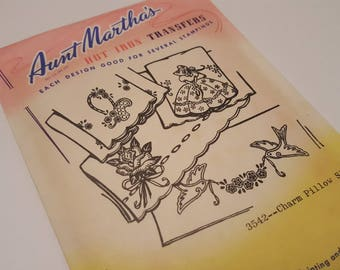 Charm Pillow Slips Vintage Aunt Martha's Hot Iron Transfers / 3542  / Pillowcase Embroidery Patterns