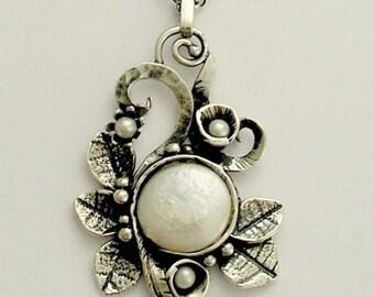 Nature jewelry, Leaf necklace, silver pendant, leaves necklace, pearl necklace, botanical jewelry, vine pendant, unique- Crazy love N4630A