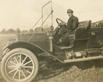 vintage photo 1915 Man Driving Touring Car Chauffer