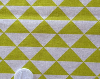 coupon fabric patchwork 50 X 50 cm / lime green triangle