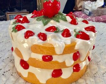 Vintage ceramic strawberry cake cover lid 1960s