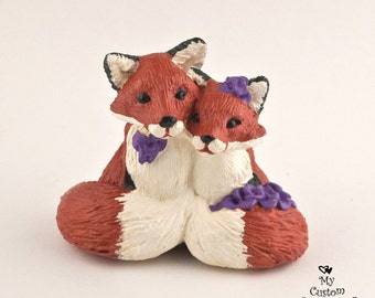 Fox Wedding Topper - Pick your Colors - Cuddling