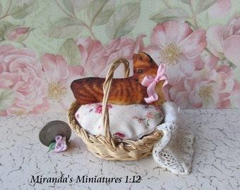 Dollhouse Miniature Basket Cat kitty cottage chic