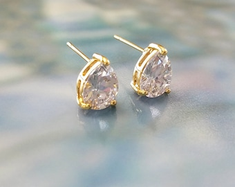 Crystal Earring Posts in Gold or Silver, Wedding Jewelry, CZ Earrings Teardrop Posts, Bridesmaid Gift, Gold Studs, Silver Studs,