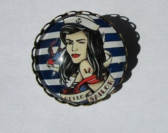 PIN pinup sailor outline scalloped dish