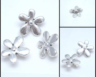 2 dividers 3 rows of flowers in silver 20x20mm