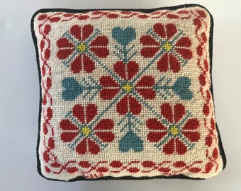 Vintage Red and Blue Scandinavian Design Needlepoint Embroidery Decorative Throw Pillow