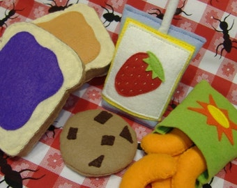 Felt Food Pattern Peanut Butter and Jelly Lunch PDF Pattern
