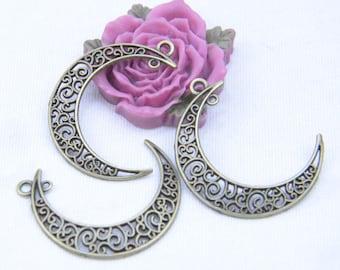 20 Antique Moon pendant, Filigree antique bronze Moon charms, Moon shape pendant, Tibetan Crescent drops 30x37mm