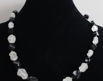 UNN # 9 Vintage Translucent Sculpted White and Black Bead Necklace