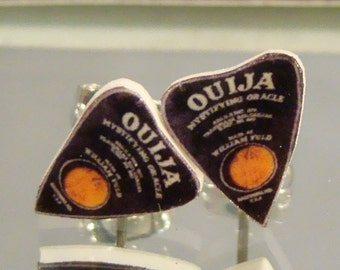 Ouija Board Planchette Stud Earrings - Supernatural Jewelry - 80s gamers Jewellery