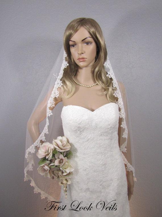 Lace Wedding Veil, Ivory Bridal Veil, Fingertip Veil, Lace Veil, Bling Veil, Wedding Vail, Bridal Viel, Bridal Attire, Women's Accessories