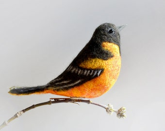 The felt bird - The Baltimore oriole is the state bird of Maryland. Christmas Gift Xmas Tree Decor