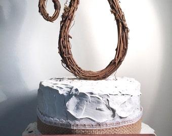 Letter U Twig Topper, U Cursive Grapevine Topper, Rustic cursive Cake Topper, Rustic Wedding Cake Topper, Natural, Handmade Cake Top