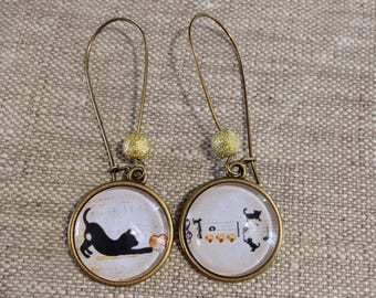 dangling cabochons - lever - cat - gold - music - hearts