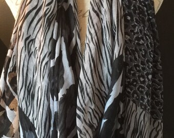 Black & grey leopard Scarf And A Half