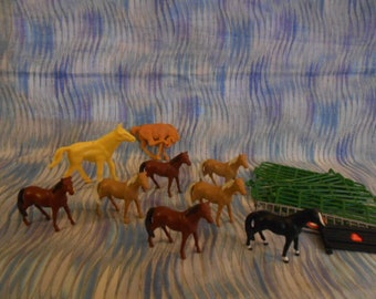 Miniature Horses and Fence Sections - Pre-Owned