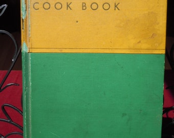 """Vintage 1932 Cook Book """"General Foods Cook Book """" Hard Bound  360 pages """"Shabby Chic"""""""