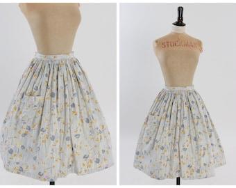 Vintage 1950s 50s original sweet floral print cotton skirt with pocket UK 6 8 US 2 4 XS S