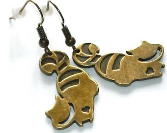 Cats 1 pair of earrings Alice in Wonderland fairytale fantasy Carnival Earrings