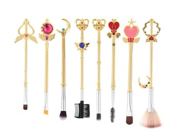 8Pc SAILOR MOON Makeup Brushes ANIME Cosplay Sakura Art Brush Set Jewelry Charm Crystal Star Venus Cresent Moon Wand Accessories Decor Party