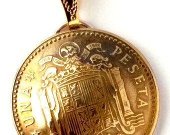 Spain Coat of Arms Gold Color Coin Pendant, Coin Jewelry Coin Pendant, Coin Necklace, Espana Coin, Heraldic Heraldry Made in Spain Necklace