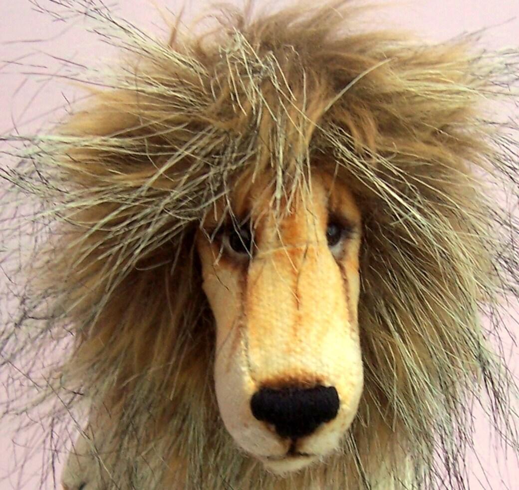 Charlie Lion Kuscheltier Schnittmuster Löwe oder Löwin zu