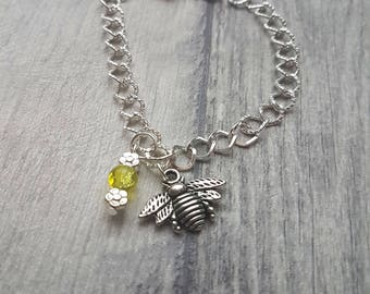 Bee charm bracelet, Bee Bracelet, Bee charm, Charm Bracelet, Bee, animal lovers gift, insect, silver bracelet, bee jewelry