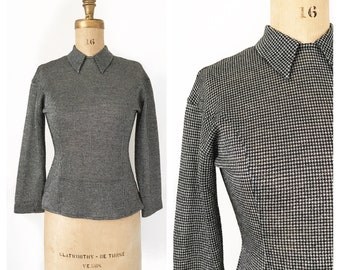 Semi sheer black and silver Gerard Pasquier collared houndstooth blouse with back zip. Size S/M.