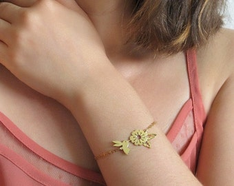 Dainty Bracelet - Flower Bracelet - Gold Bracelet - Gifts For Her - Silver Bracelet - Hummingbird Jewelry - Bird Bracelet - Bird Jewelry