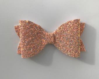 Peach seashell sparkle bow