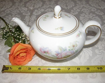 "ROSENTHAL* CLASSIC ROSE Collection 5"" Tall Tea Pot"