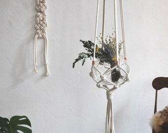 SISSY Vintage Hanging Planter | Modern Macrame Planter | Plant Hanger | Minimalist Home Decor