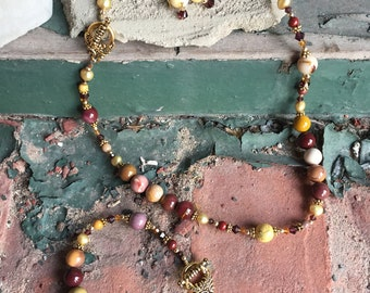 Mookaite, Freshwater Pearls, Swarovski Crystals and Gold Filled Necklace Set