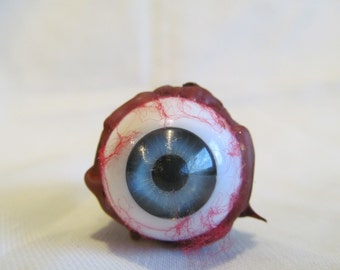 Ripped out eyeball prop 22mm