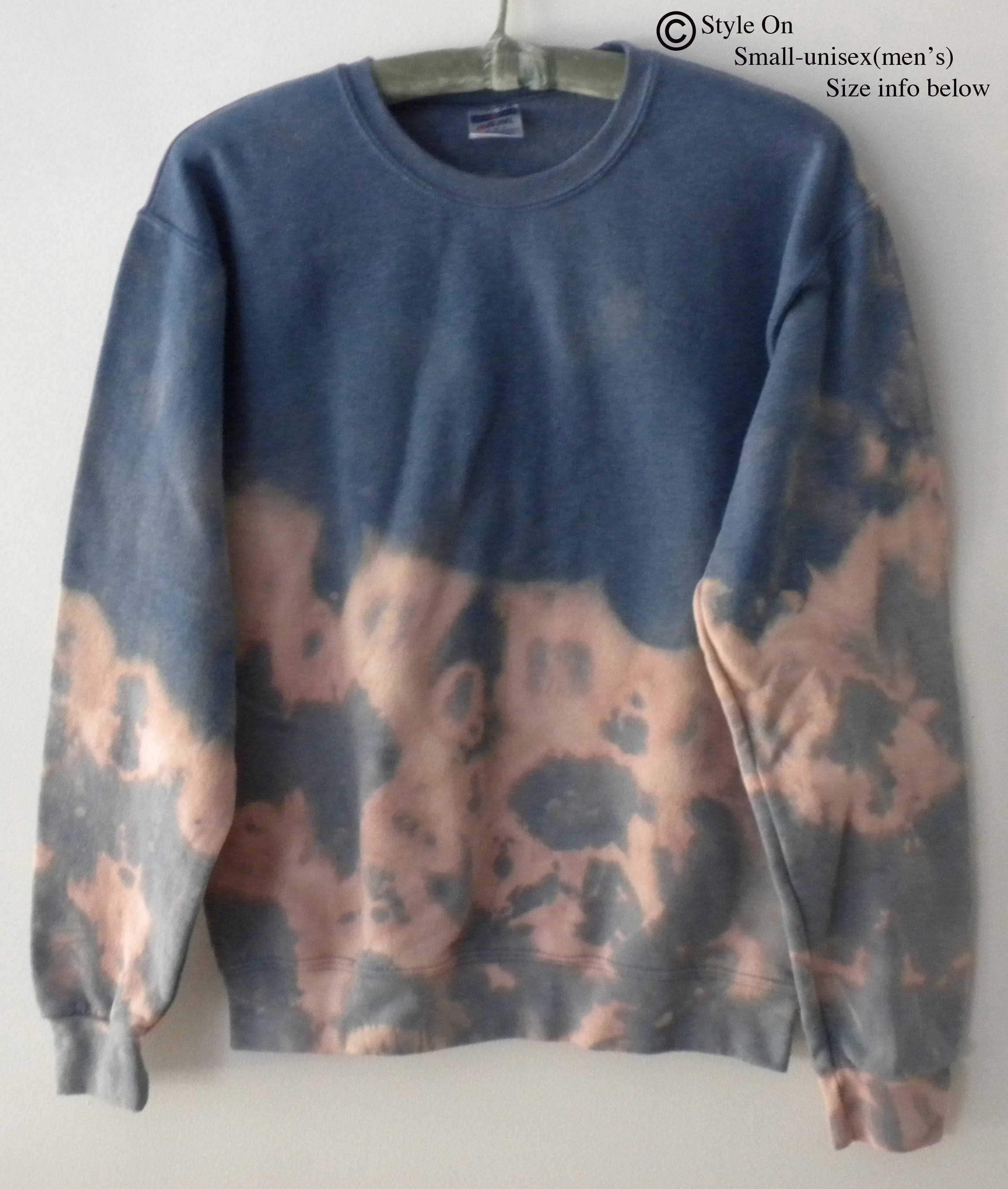 Sweatshirt, Gray crewneck sweatshirt, tie dye, jumper, acid wash crewneck, grunge, graphic, Boho, Art, ombre,rocker, retro