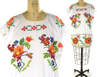 70s Embroidered Huipil Blouse / Vintage Bohemian Cross Stitch Peasant Blouse / White Cotton Ethnic Guatemalan Top / Mexican Hippie Tunic