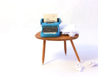 Dollhouse miniatures -mid century- miniature typewriter-vintage typewriter