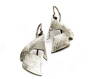Sterling silver dangle earrings - Helmet - Dangle earrings - Statement design - Greek helmet - King leonidas - Spartan helmet