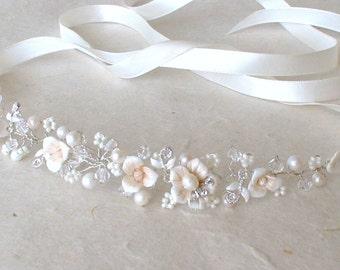 Wedding headband. Flower headband. Bridal headband. Rhinestone headband. Ribbon headband. Bridal headpiece.